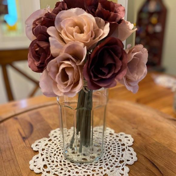 New Rose Bouquet with Free mason jar